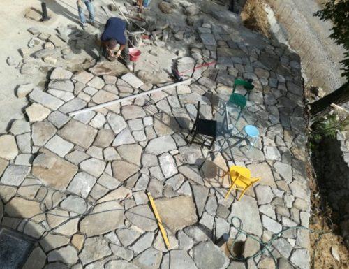Un mosaico litoico – l'aia restituita!